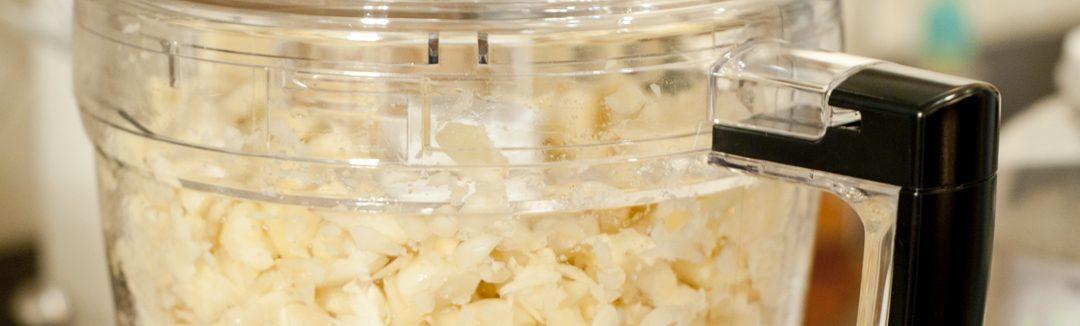 inseticida natural caseiro extrato de pimenta e alho-passo-1